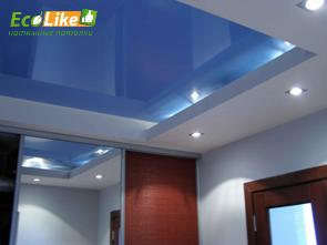 Двухуровневый синий глянцевый натяжной потолок фото